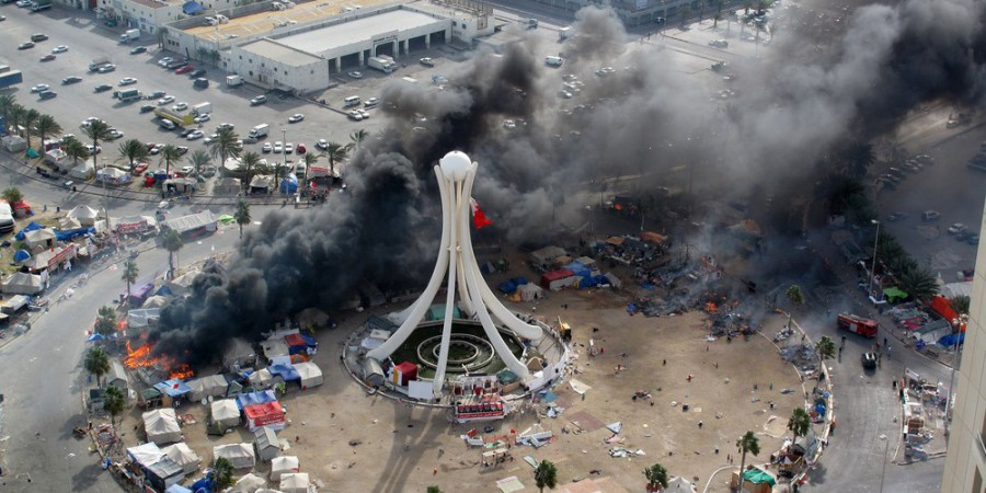 Tents set aflame in Pearl Roundabout, Manama, Bahrain, 16 March 2011